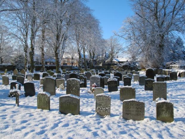 Graveyard_snow